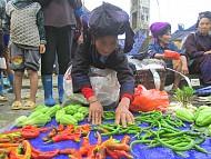 Tới Chợ Phiên Du Già Mộc Mạc Giữa Đất Trời Hà Giang