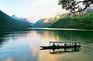 Tour Du Lịch Đông Bắc Dịp Lễ 30-4: Hồ Ba Bể - Thác Bản Giốc - Động Ngườm Ngao