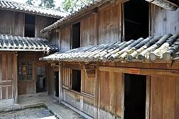 Du Lịch Hà Giang Thăm Dinh Thự Vua Mèo