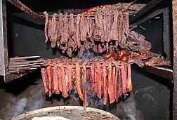 Du Lịch Hà Giang: Thưởng Thức Đặc Sản Thịt Trâu Gác Bếp Hà Giang
