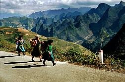 Tour Du Lịch Hà Giang 3 Ngày 2 Đêm: Hà Nội – Hà Giang – Đồng Văn – Lũng Cú