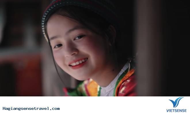 """Cô gái bán lê Hà Giang """"hot"""" nhất mạng xã hội trong những ngày qua"""