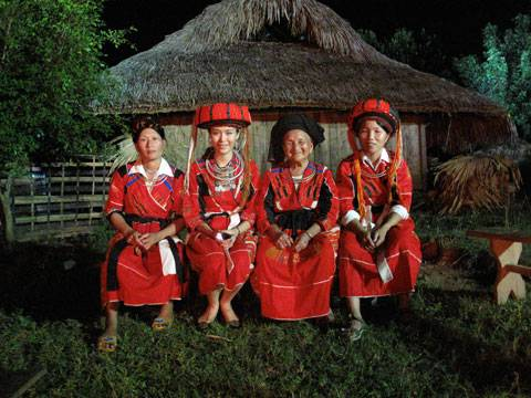 Dân Tộc Cờ Lao o Ha Giang, Dan Toc Ca Lao o Ha Giang