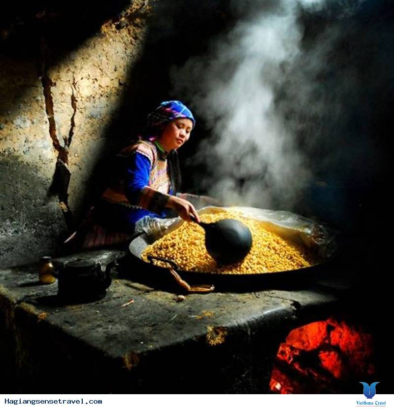 Du Lịch Hà Giang Khám Phá Ẩm Thực Mèn Mé Của Người H'Mông