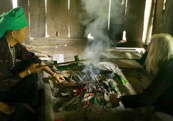Rêu nướng món ăn lạ lùng ở Hà Giang,reu nuong mon an la lung o ha giang