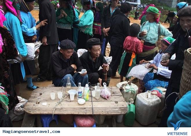 Rượu Ngô Hà Giang - Đặc Sản Chợ Phiên Người Vùng Cao