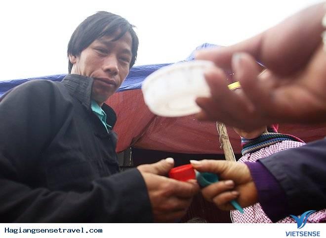 Rượu Ngô Hà Giang - Đặc Sản Chợ Phiên Người Vùng Cao - Ảnh 12